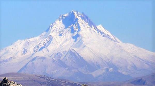 Erciyes kaç metre? Erciyes dağı kaç metre? Erciyes dağı kaç metre yüksekliktedir? Erciyes kaç metre yüksekliktedir? Erciyes dağının yüksekliği...